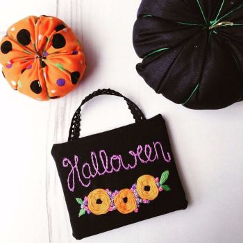 Hand Embroidered Halloween Mini Sign With Flowers