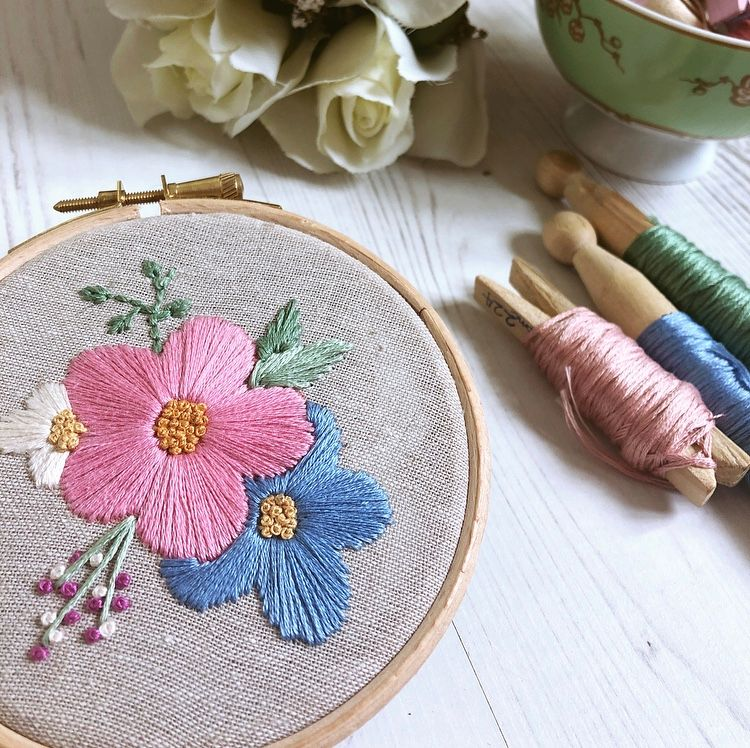 Mini Hoop Embroidered Pansy Spray