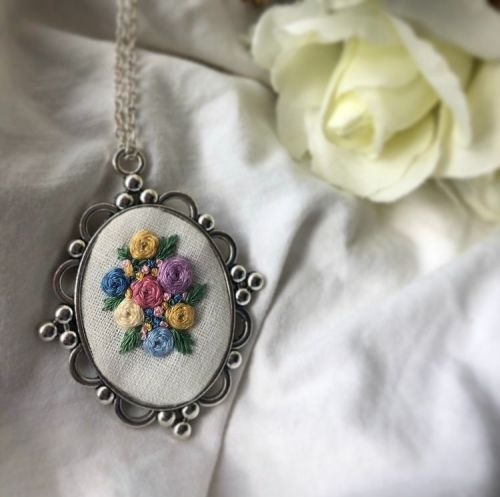 Embroidered Large Silver Oval Pendant