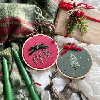 Mistletoe & Christmas Tree Embroidery Kit