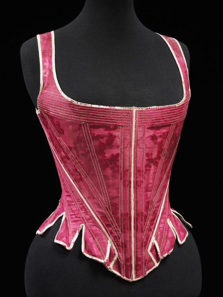 Red corset main