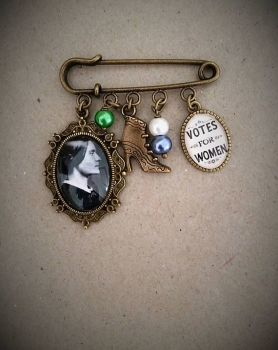 Susan Anthony / Votes for Women Pin Brooch
