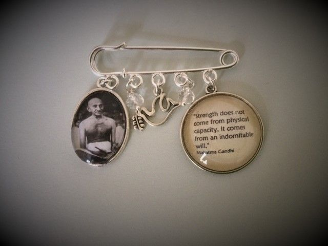 Gandhi Pin Brooch with Quotation