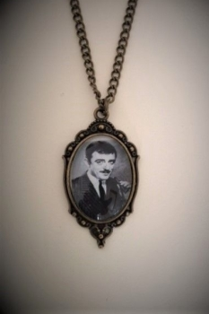HALLOWEEN !!!  Gomez Addams Necklace