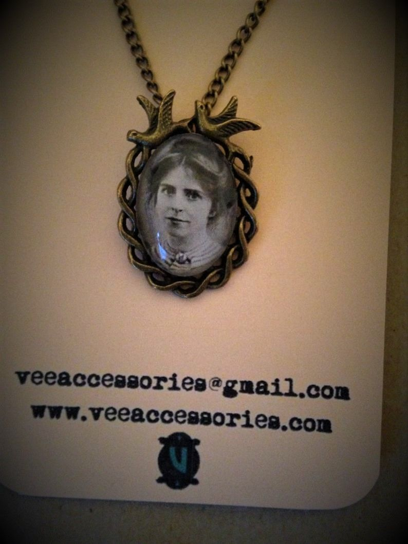 Annie Kenney Swallow Frame Necklace