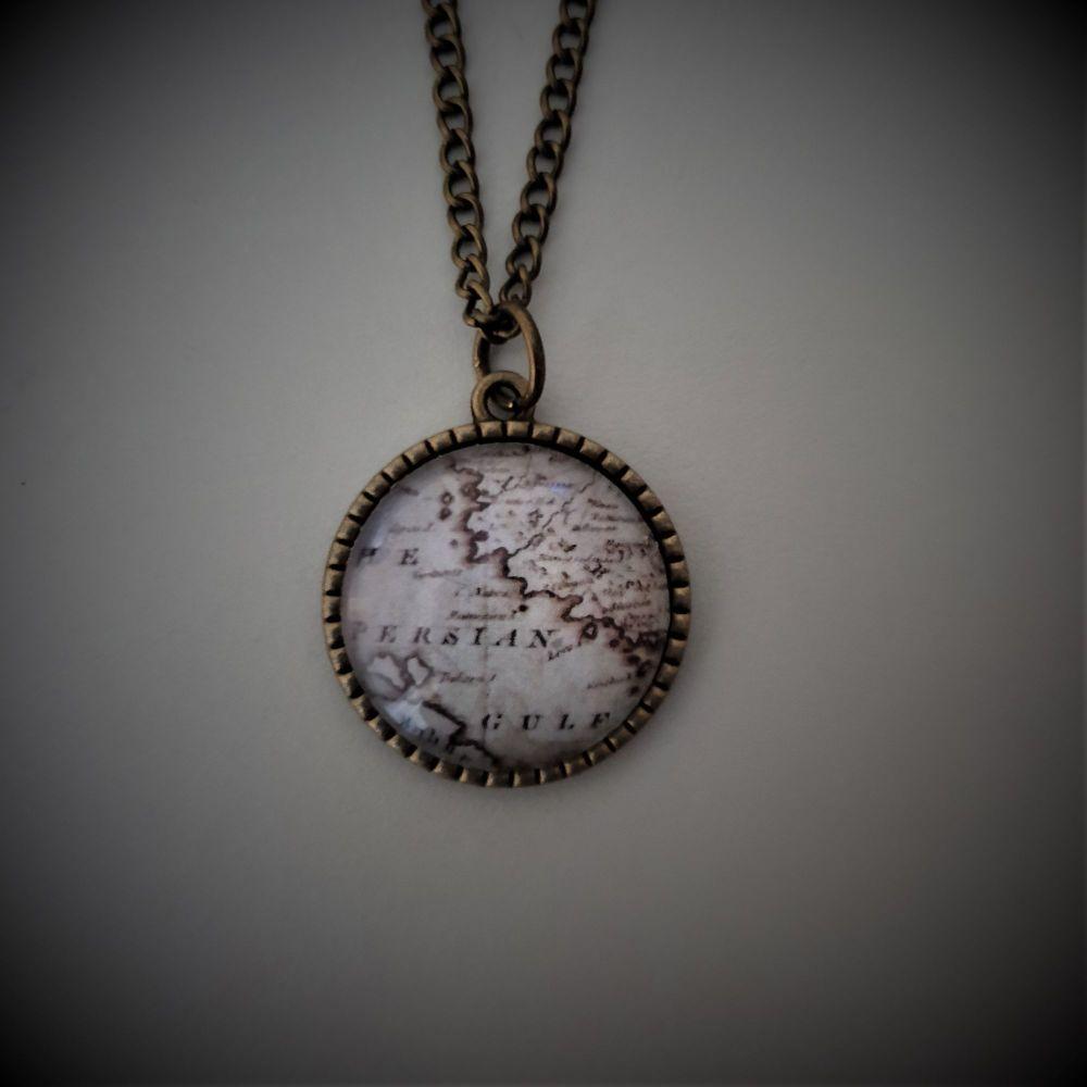 Persian Gulf Necklace in Bronze/Silver