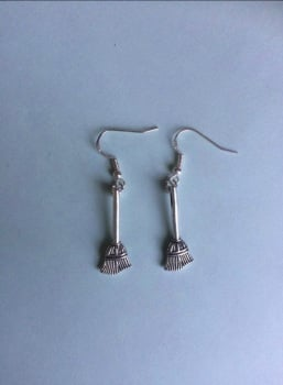 HALLOWEEN !!!   Broomstick Earrings