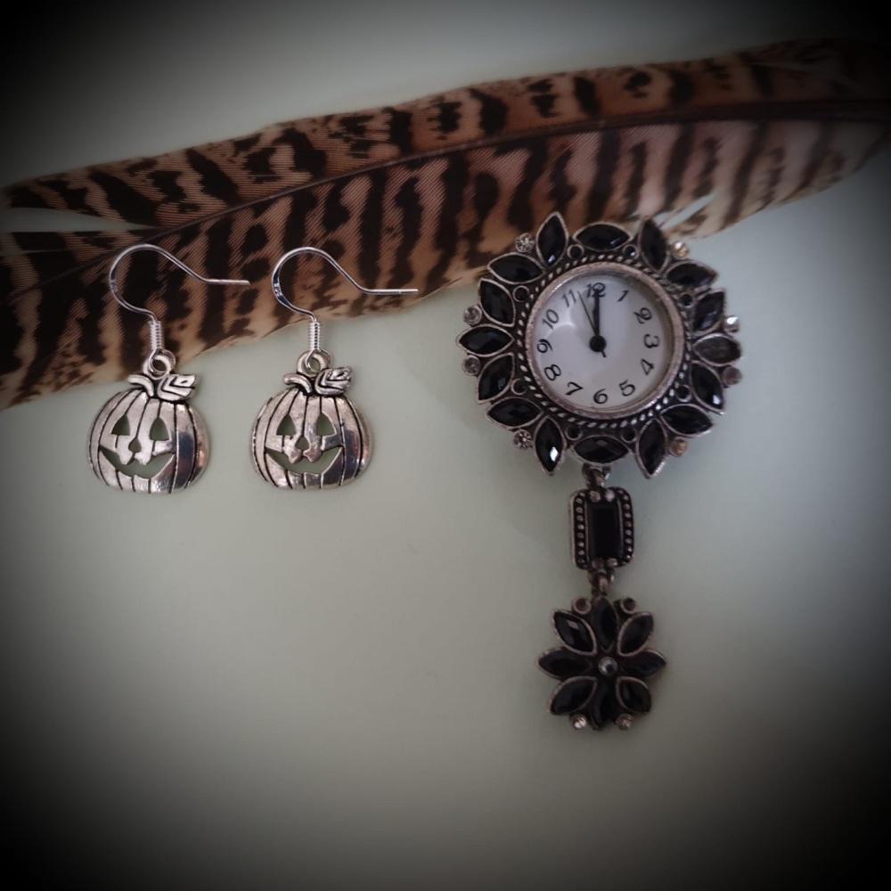 HALLOWEEN! Silverplated Pumpkin Jack o'Lantern Earrings Earrings