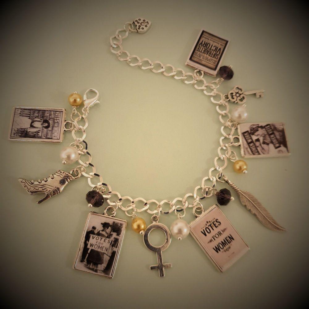 Vintage Votes for Women USA Bracelet