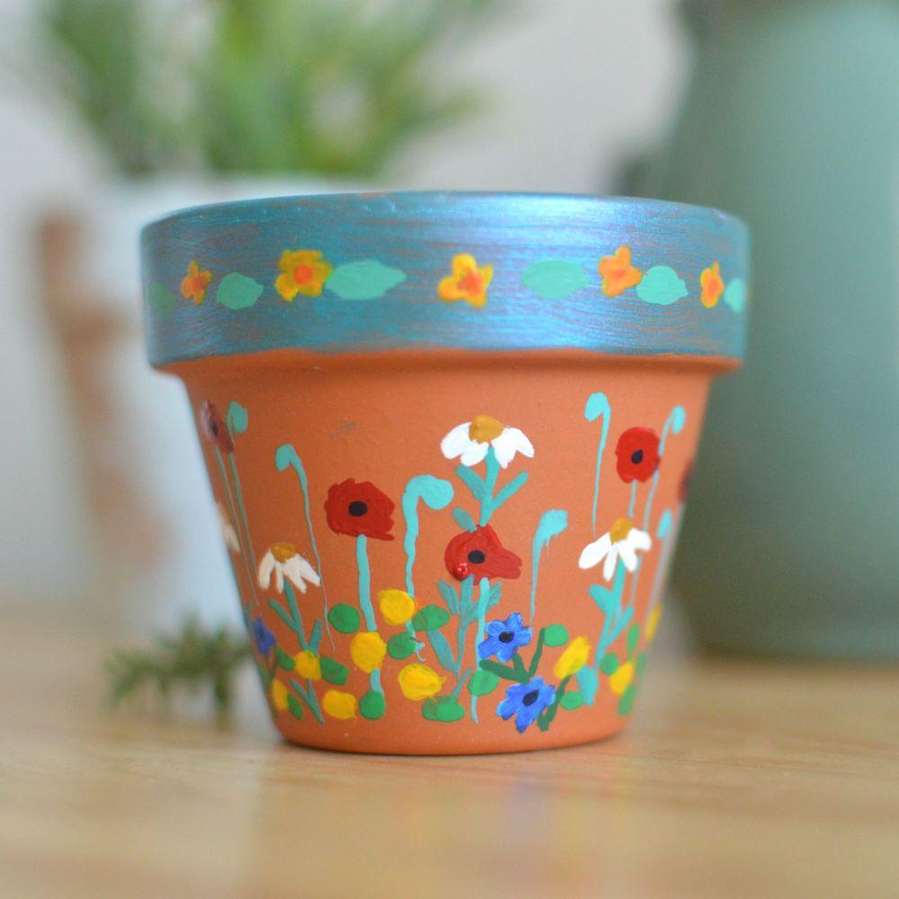 Handpainted Mini Flowerpot - Buttercup Design
