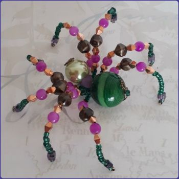 Handmade Beaded Spider Ornamental Home Decor Green Pink