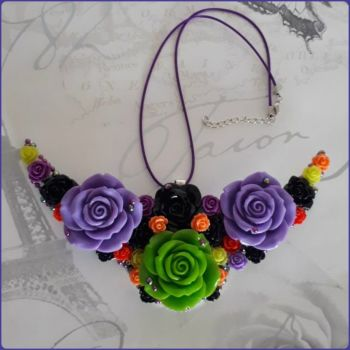 Bright & Beautiful Bib Style Floral Necklace Flowers Jewellery