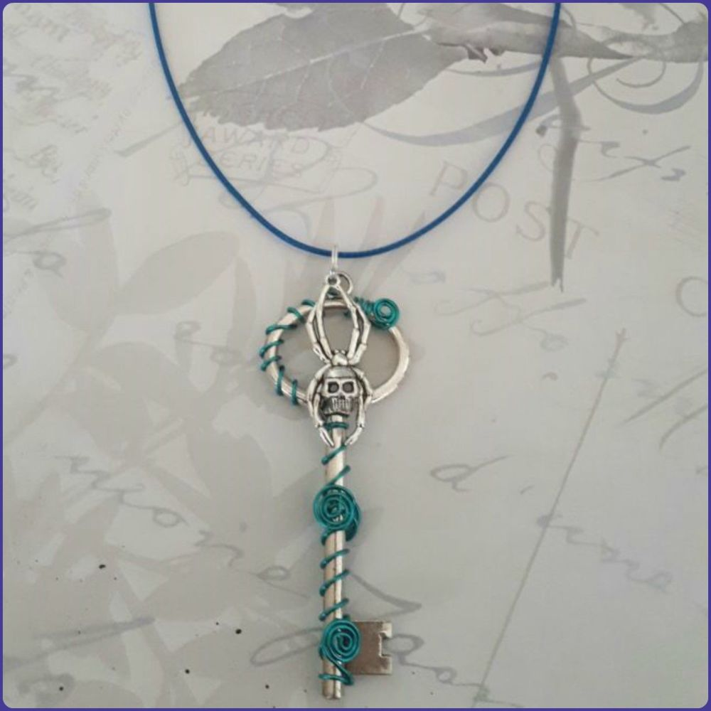 Silver Key Spider Wire Wrapped Pendant Necklace