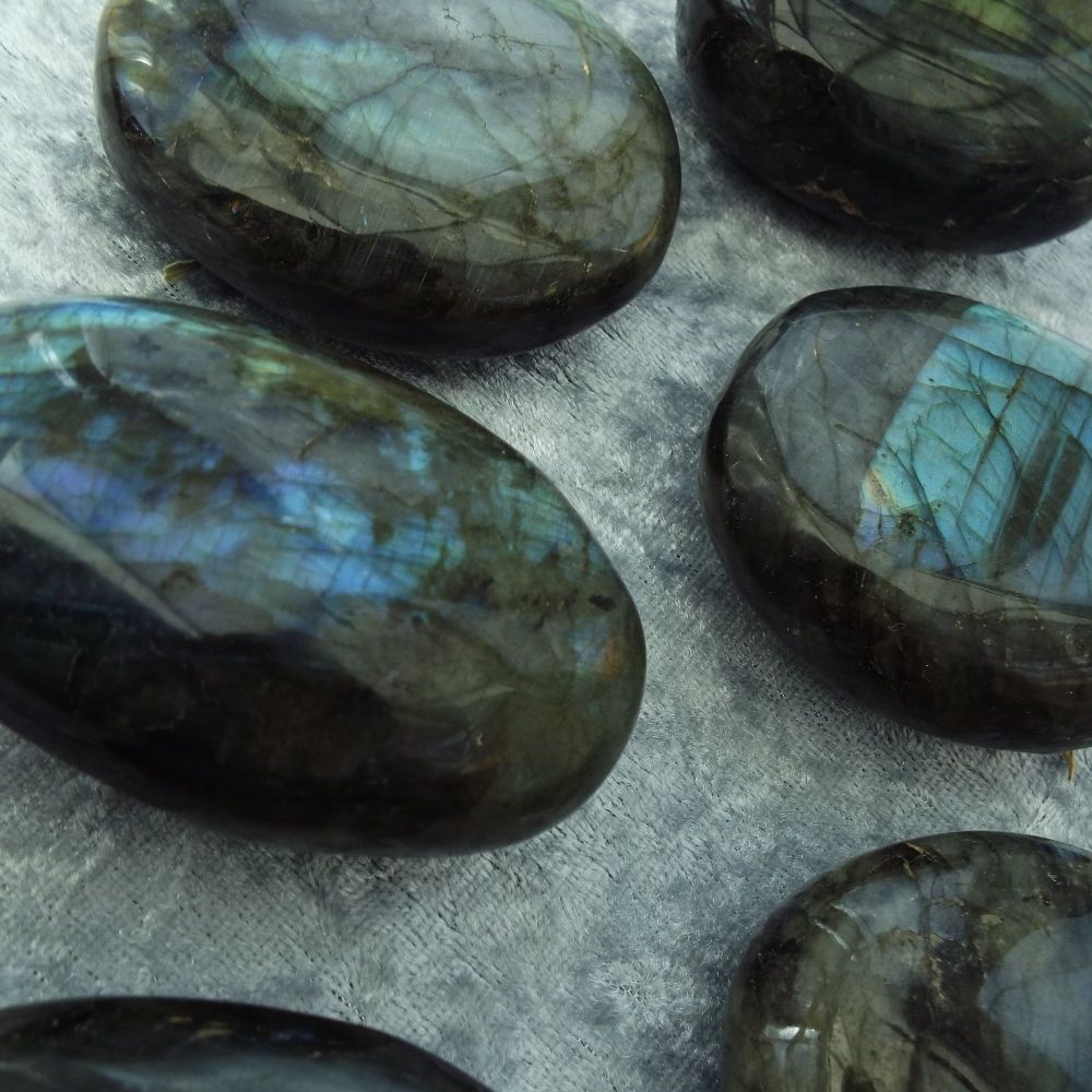 Labradorite Pebbles - Inspiration Various