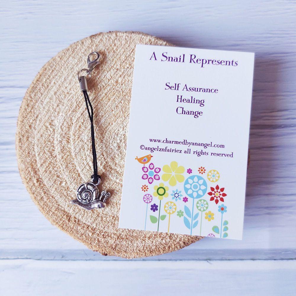 A Snail Clippy Charm