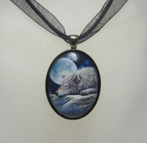 Quiet Reflection glass cabochon necklace by Lisa Parker