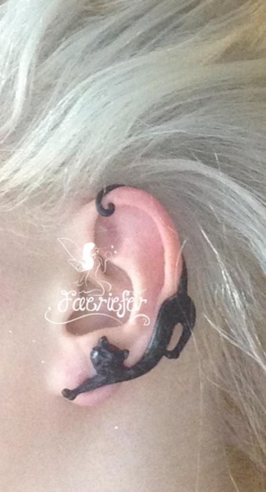 The Wiccan Familiar ear cuff
