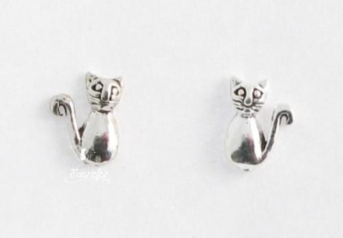 Cat sterling silver stud earrings
