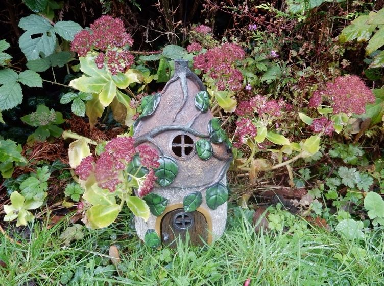 <!-- 009 -->Fairy Houses and Fairy Gardens