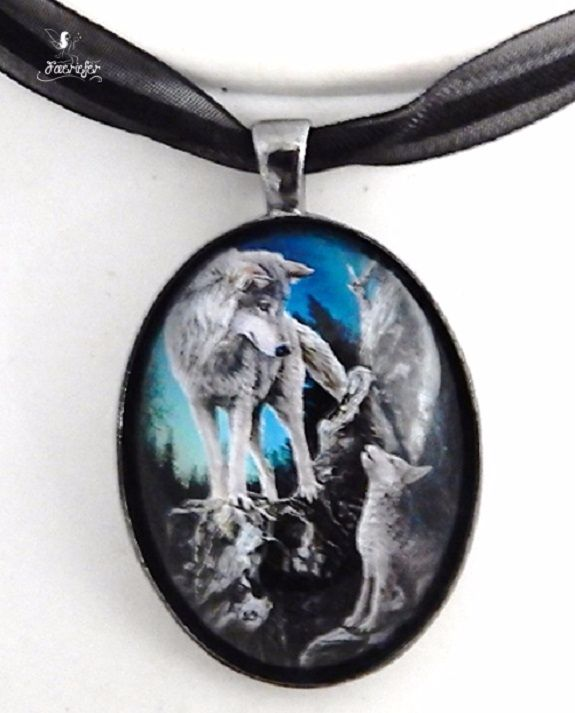 Guidance glass cabochon necklace - Lisa Parker