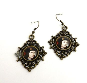 King Richard III medieval style earrings