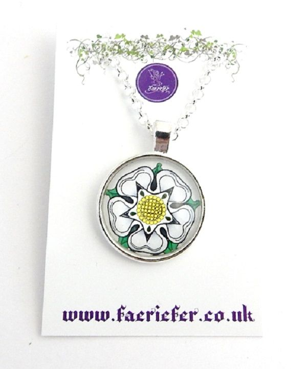 War Of The Roses Collection - White Rose of York necklace