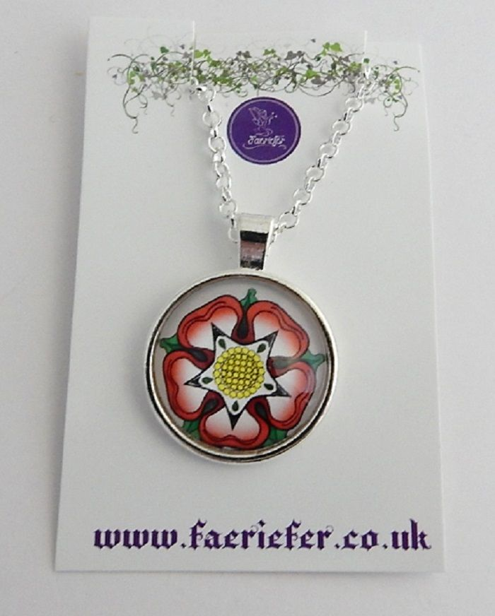 War Of The Roses Collection - Tudor Rose necklace