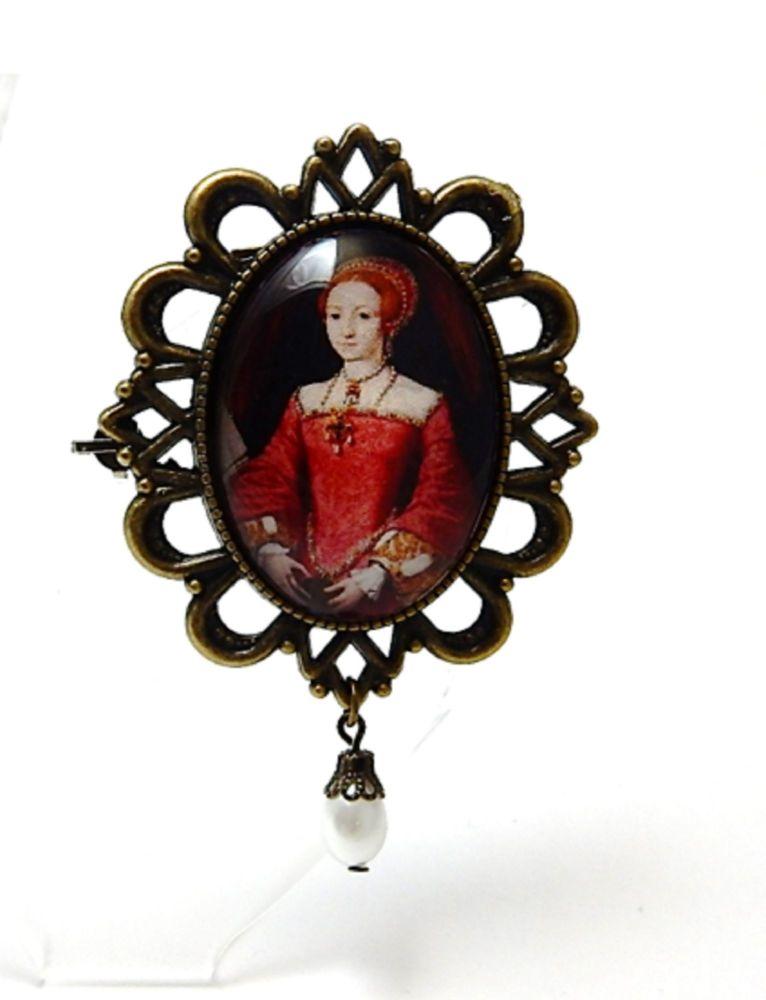 Queen Elizabeth 1st Brooch or Necklace - Young Elizabeth