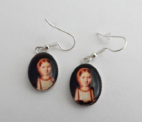 Catherine of Aragon portrait earrings - Henry VIII wife - Tudor Queen