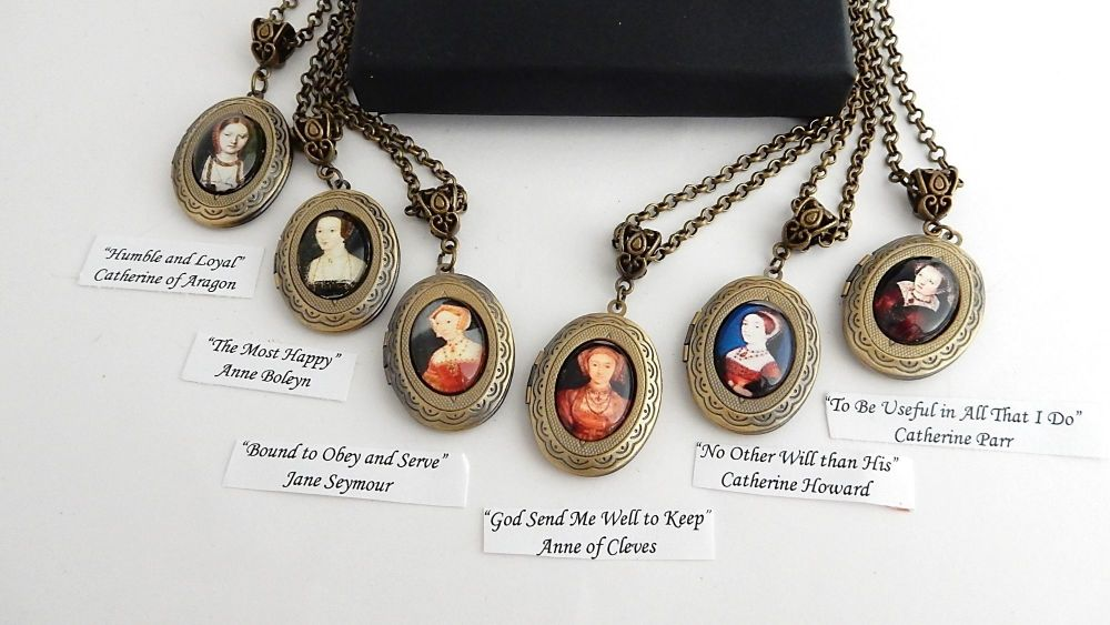 Henry's Wives motto necklace