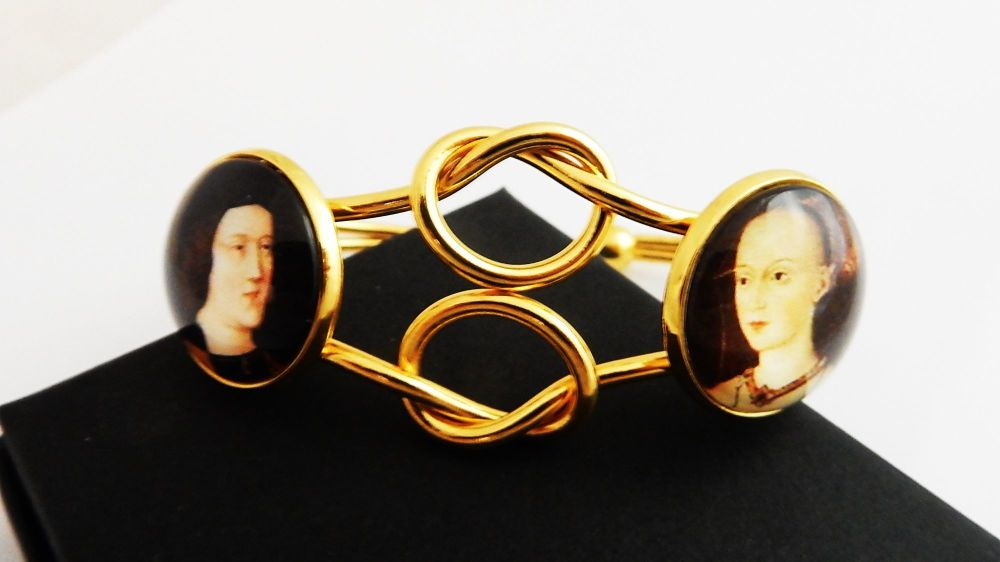 Infinity Love Knot bangle - true loves- Henry VIII and Jane Seymour - Edwar