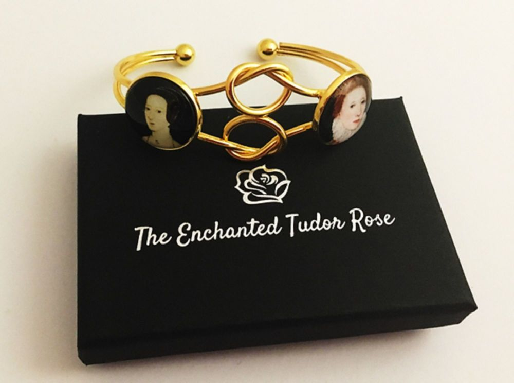 Infinity Love Knot bangle - mother and daughter - Anne Boleyn and Elizabeth