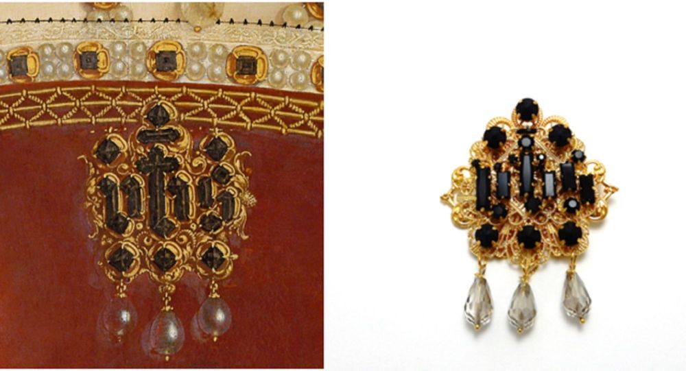 The IHS Queen's brooch - Jane Seymour costume jewellery