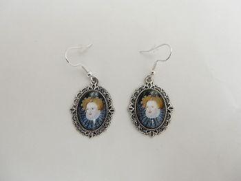 Queen Elizabeth earrings - historical portrait jewellery - miniature portrait - Queen of England - Golden Age - Tudor