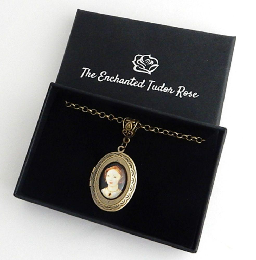 Mary Boleyn locket necklace - historical portrait jewellery - medieval - Tu