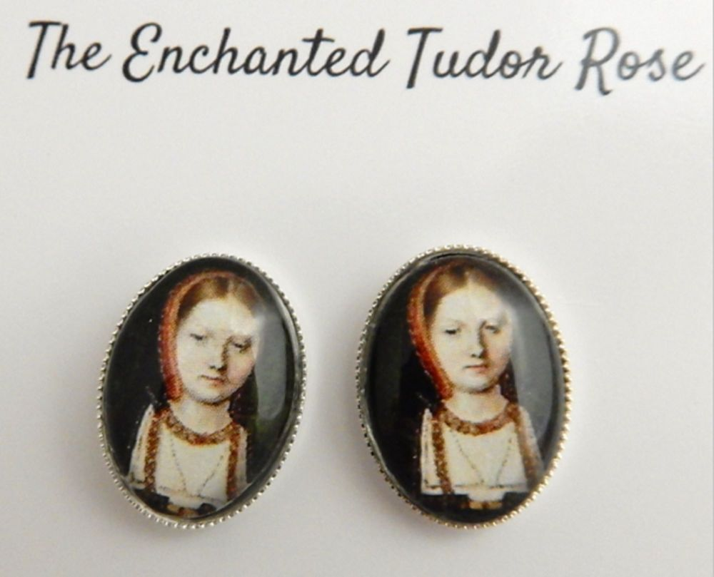 Henry's Wives oval stud earrings - historical portrait jewellery - Queens o