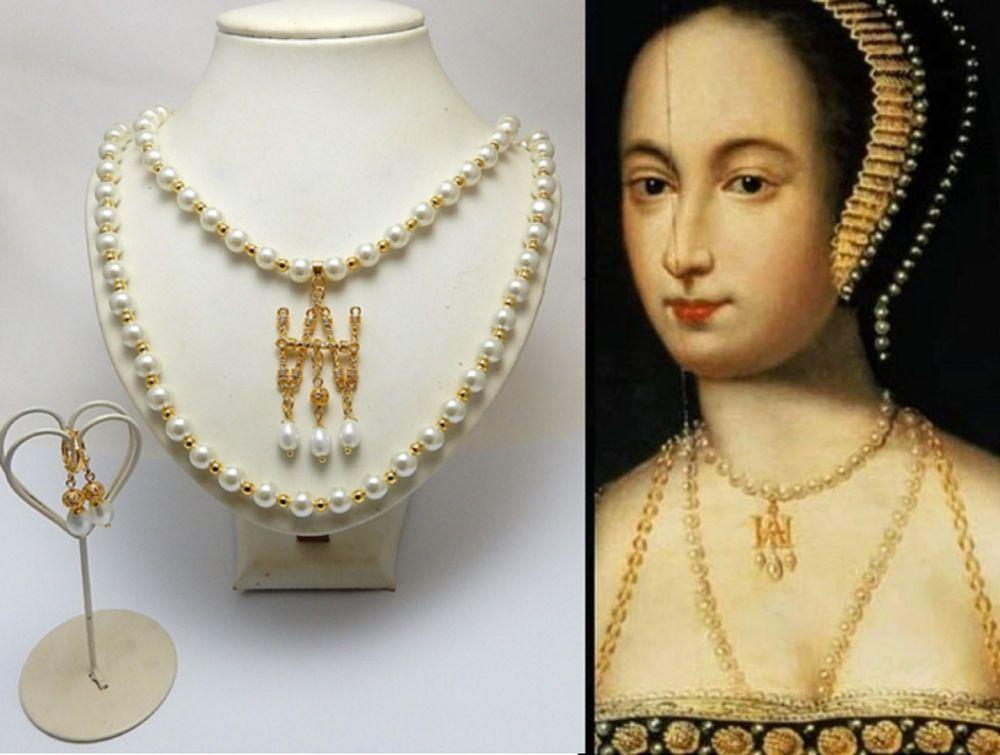 Anne Boleyn replica Initial Parure