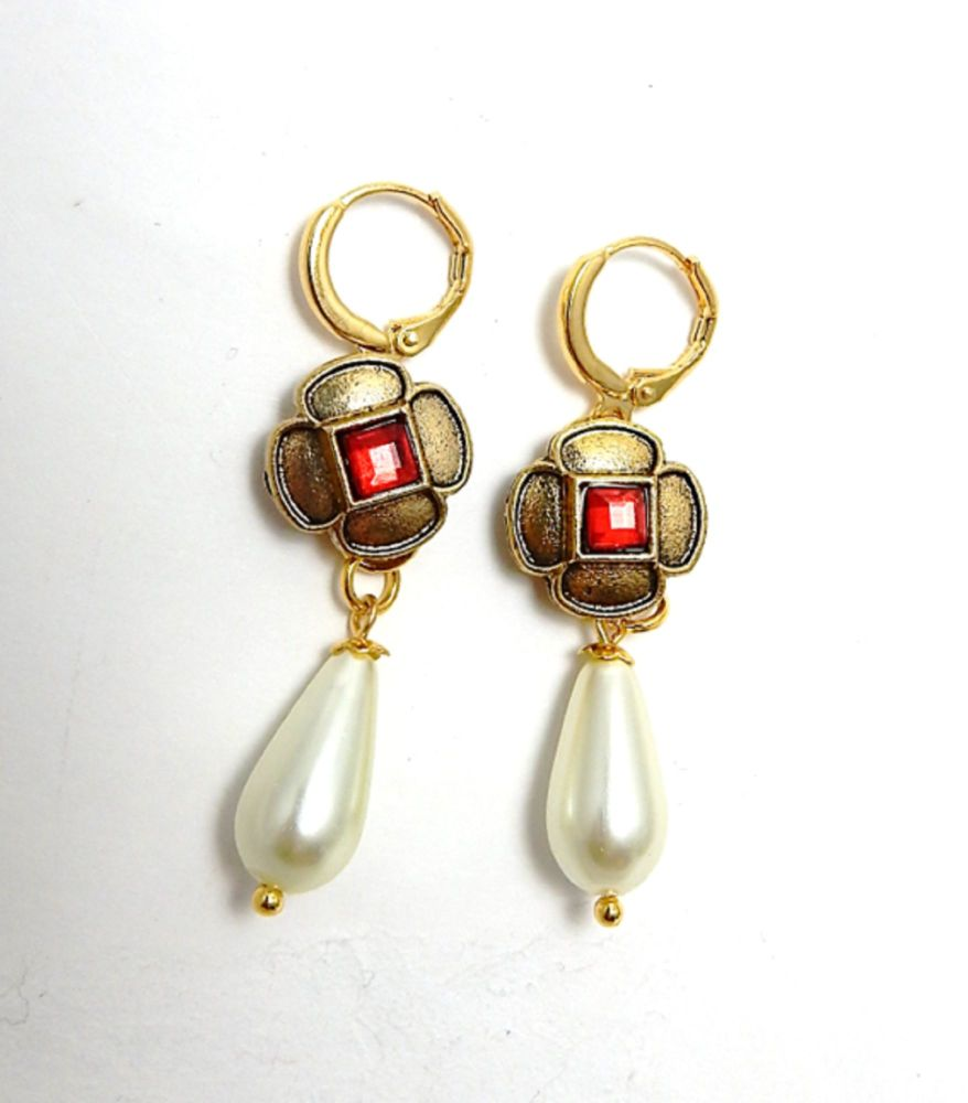 Tudor Queen's earrings - Tudor Court - replica historical jewellery - Tudor