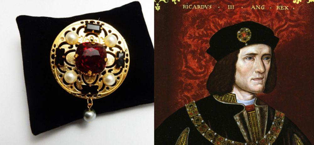 Richard III replica hat pin