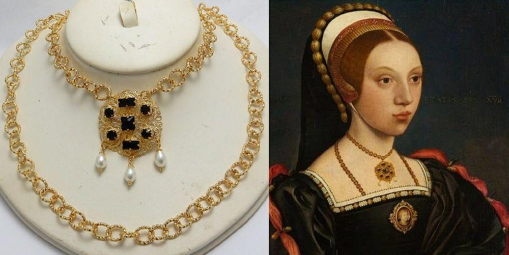 Catherine Howard necklace set