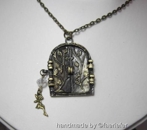Vintage style bronze fairy portal necklace