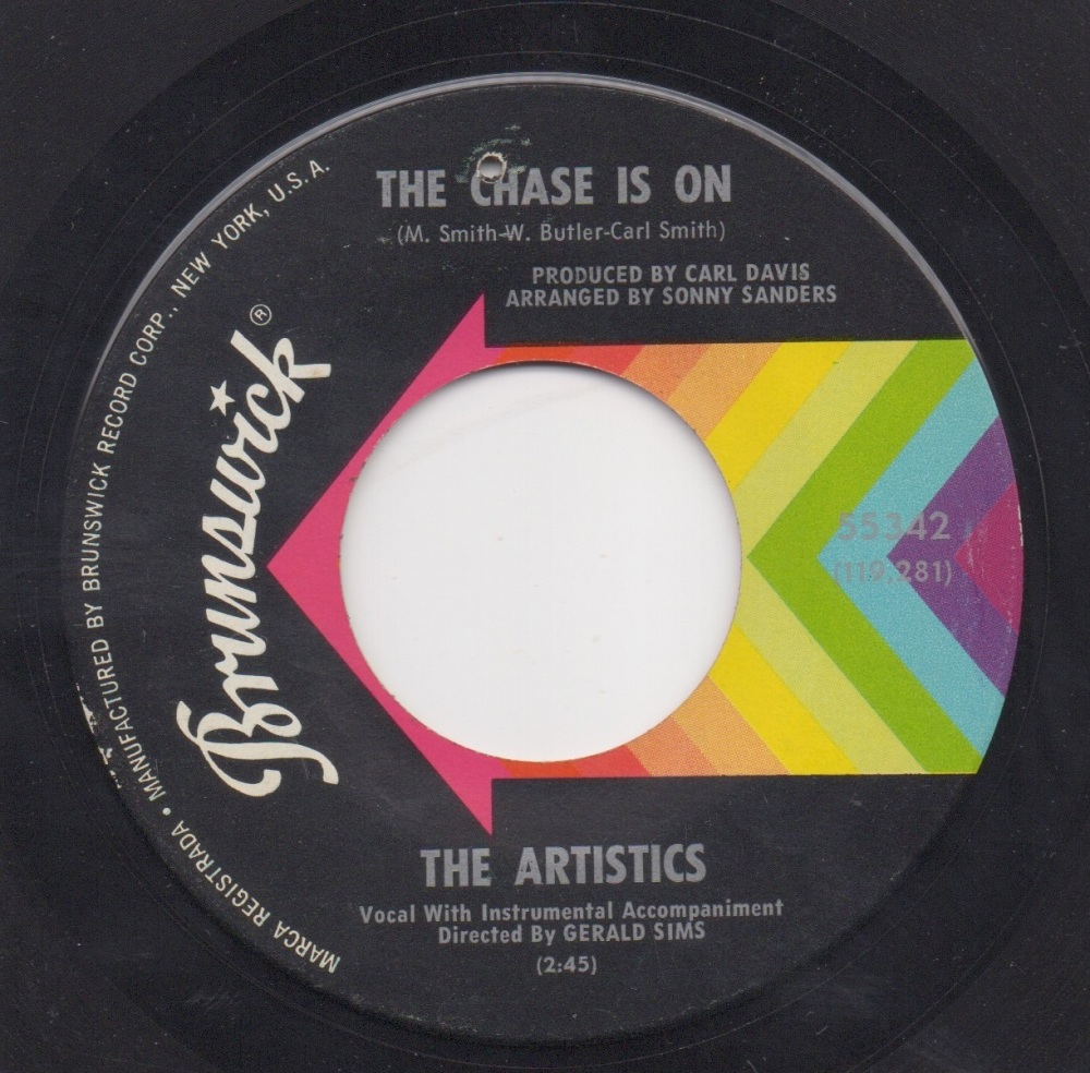 ARTISTICS - THE CHASE IS ON