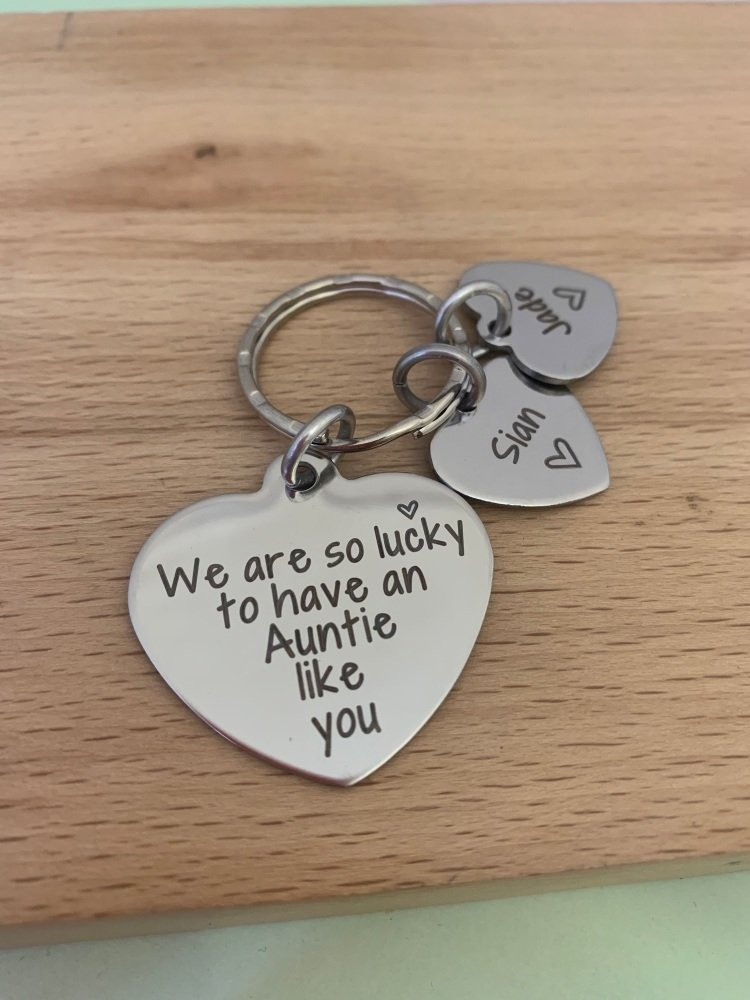 Auntie heart keyring with name tags - lucky