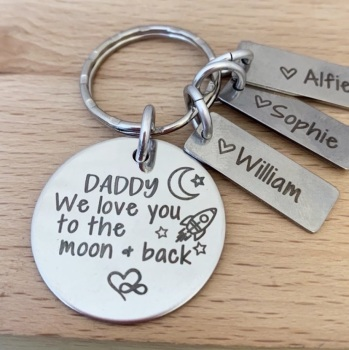 Daddy We Love You To The Moon And Back - Personalised Keyring with Name Tags