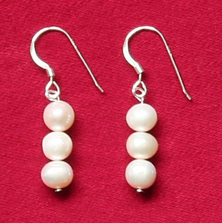 Freshwater Pearl Earrings A grade