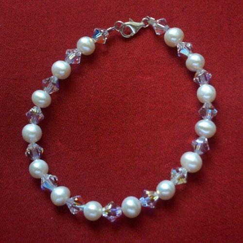 Pearls & Swarovski Bracelet