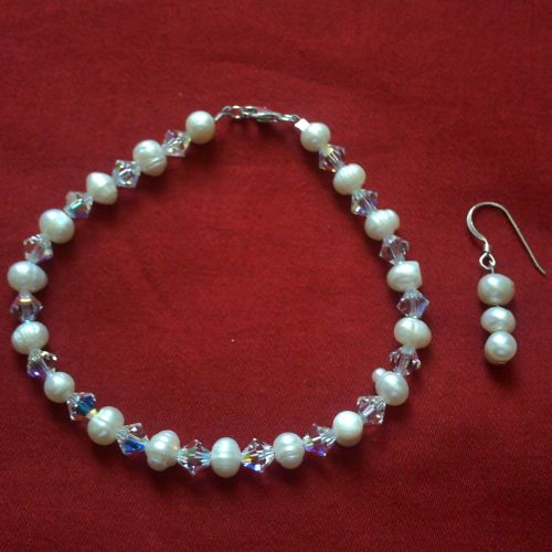 Swarovski & Pearl Bracelet & Earrings