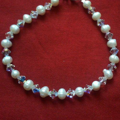 Bibiana - Swarovski Crystal & Freshwater Pearl Necklace