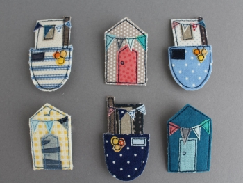Fishing Boat & Beach Hut Brooch Pattern