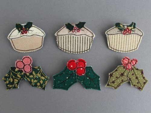 NEW! Christmas Mince Pie & Holly Brooch Pattern